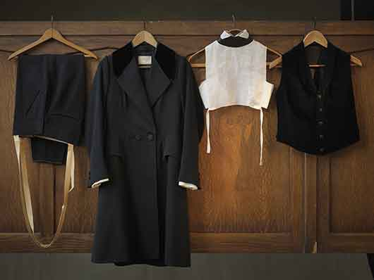 3-RISD_Museum-ArtistRebelDandy-Michael_Strange-4pc_suit